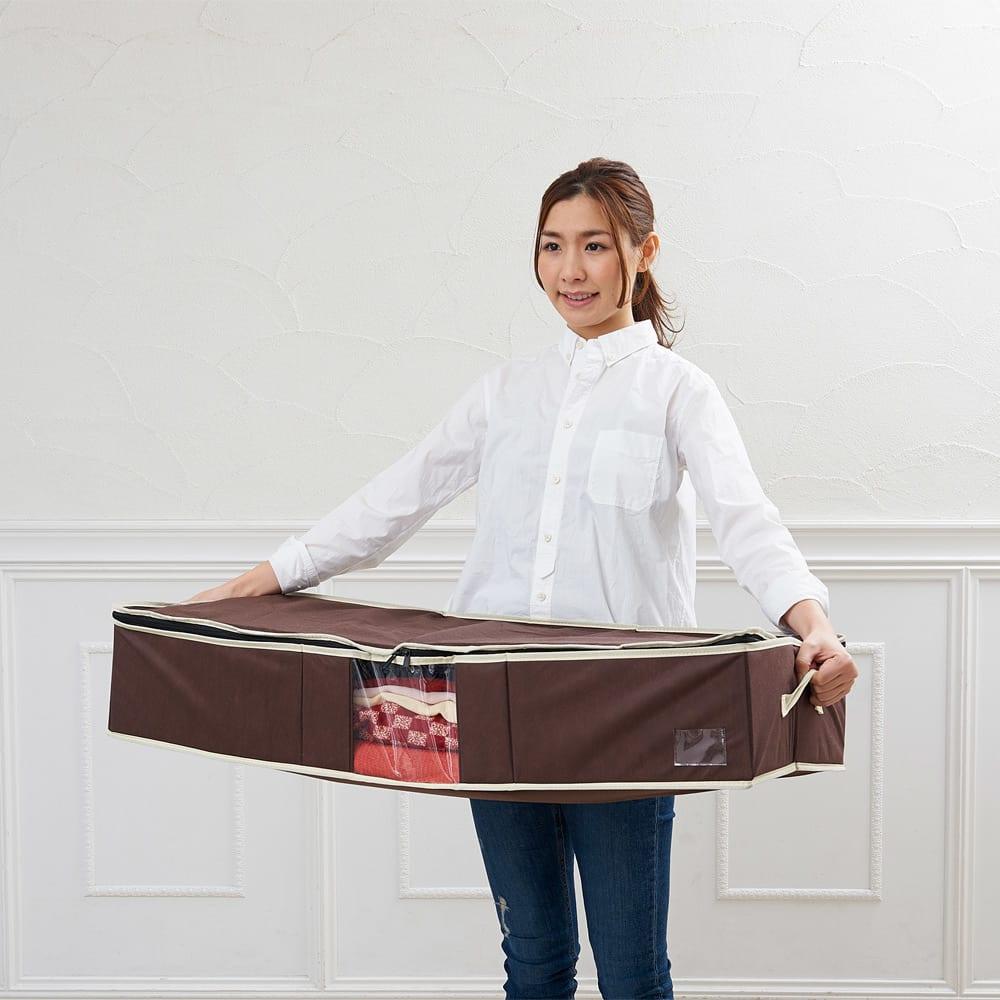 <br />高い位置への収納には「布製ケース」