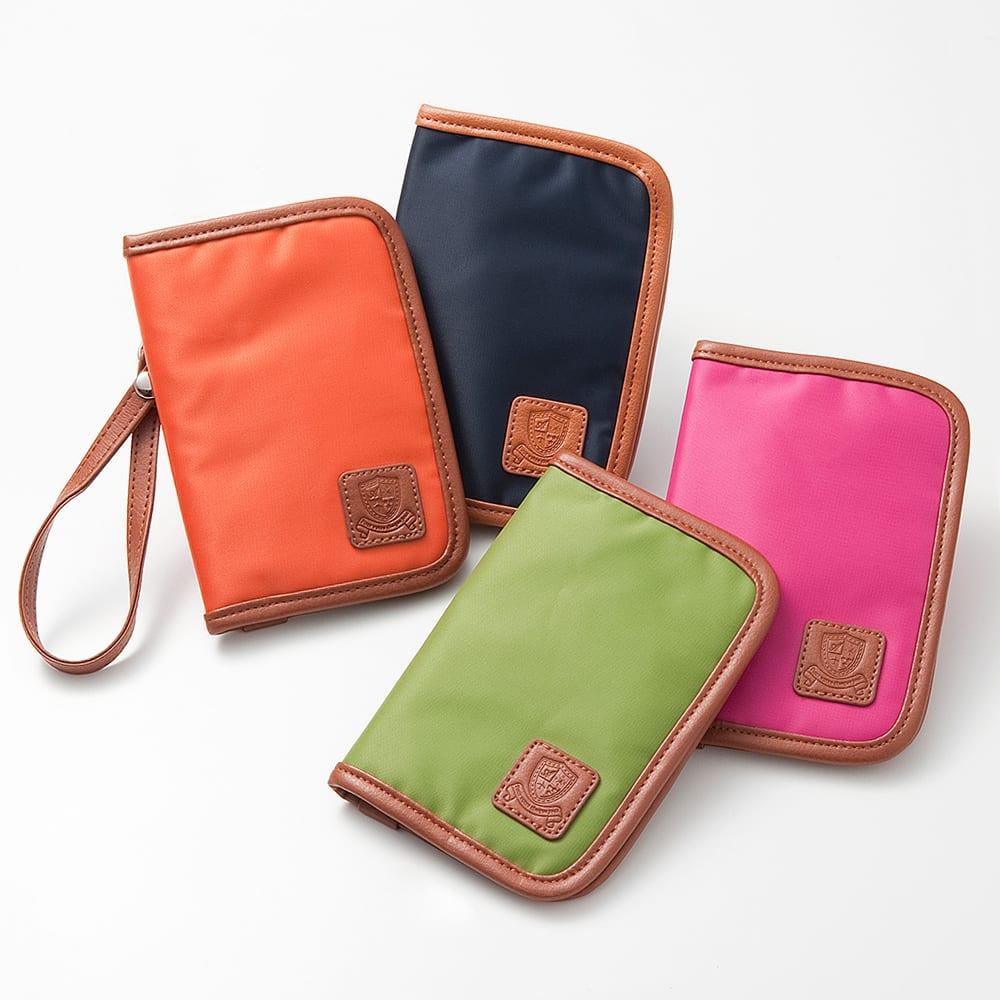 LOGOシリーズ パスポートカバー スキミング防止機能付き