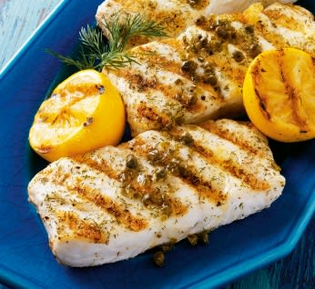 白身魚のグリルロースト レモンとケイパーのドレッシングがけ
