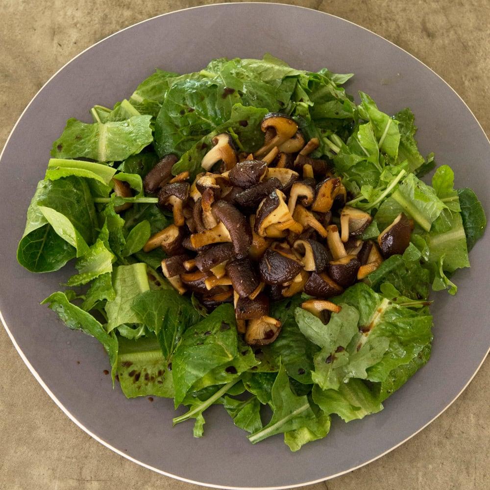 #64 サラダハンドで作る焼き椎茸とルッコラのサラダ