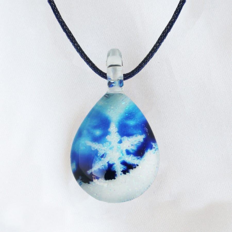 日本製ハンドメイドグラスジュエリー|ノースワングラスジュエリー/Crystal Snow クリスタルスノーネックレス