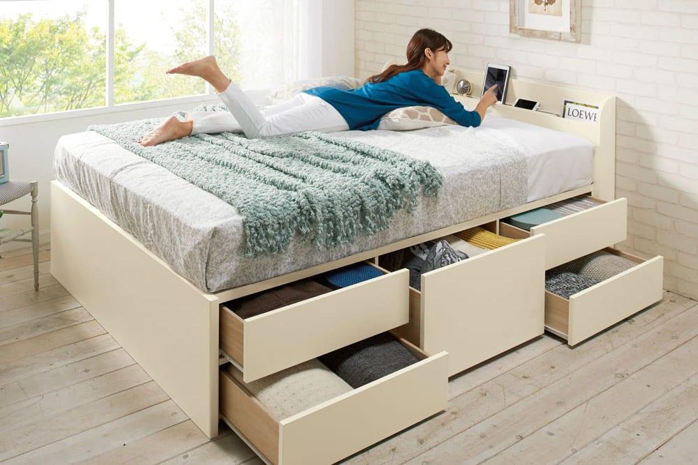 機能や素材別、暮らしに合わせたベッドフレームの選び方