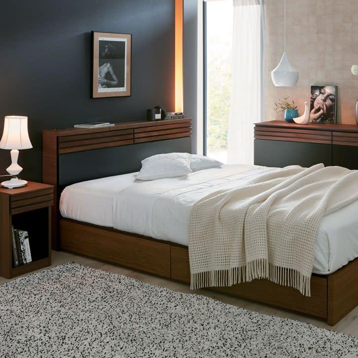 ベッド周りに通れるスペースを残す
