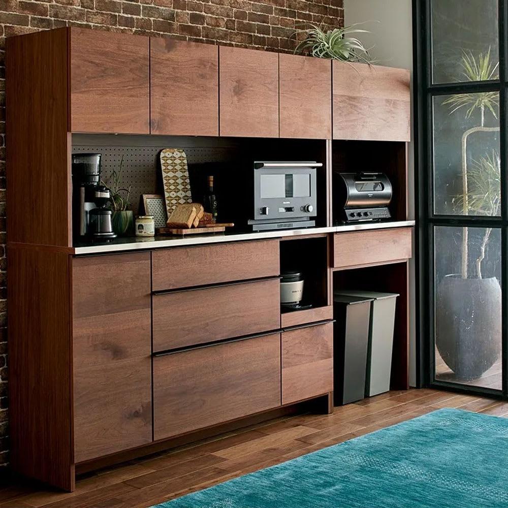 キッチンをおしゃれに魅せるインテリアとは?イメージ決めから使いやすい配置と実例を紹介