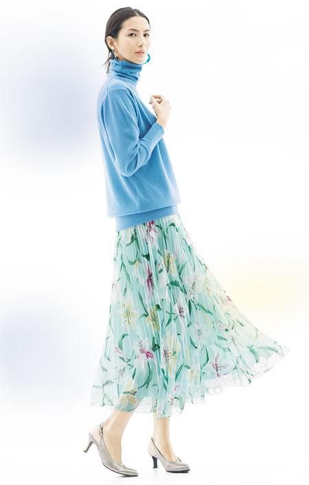 フラワープリント プリーツ使い スカート