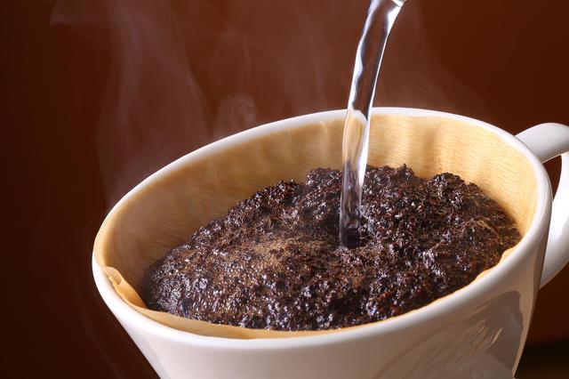 【コーヒーコラム Vol.10】ドリッパーで味は変わるか