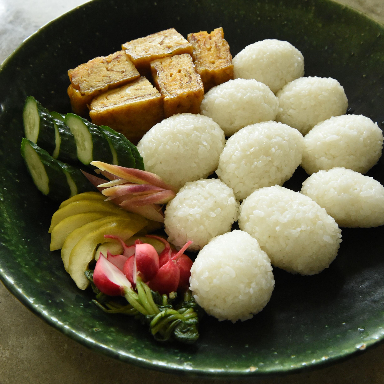新米を味わうおむすび&メープルシロップの卵焼き