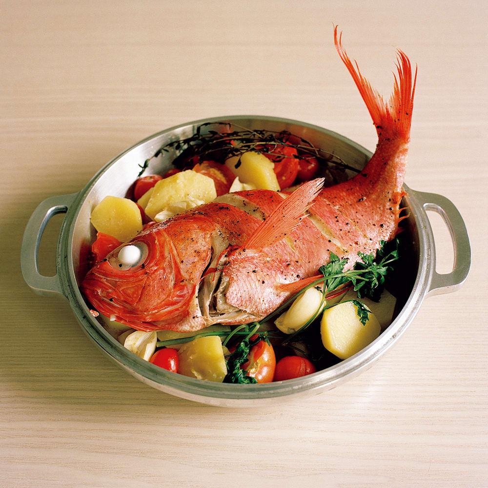 #15 無水鍋で作る金目とじゃが芋の蒸し焼き