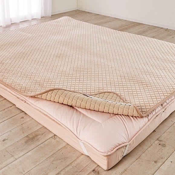 モチモチが気持ちよく、寝心地アップをサポート。1年中使える洗える敷きパッド(ファミリー200)