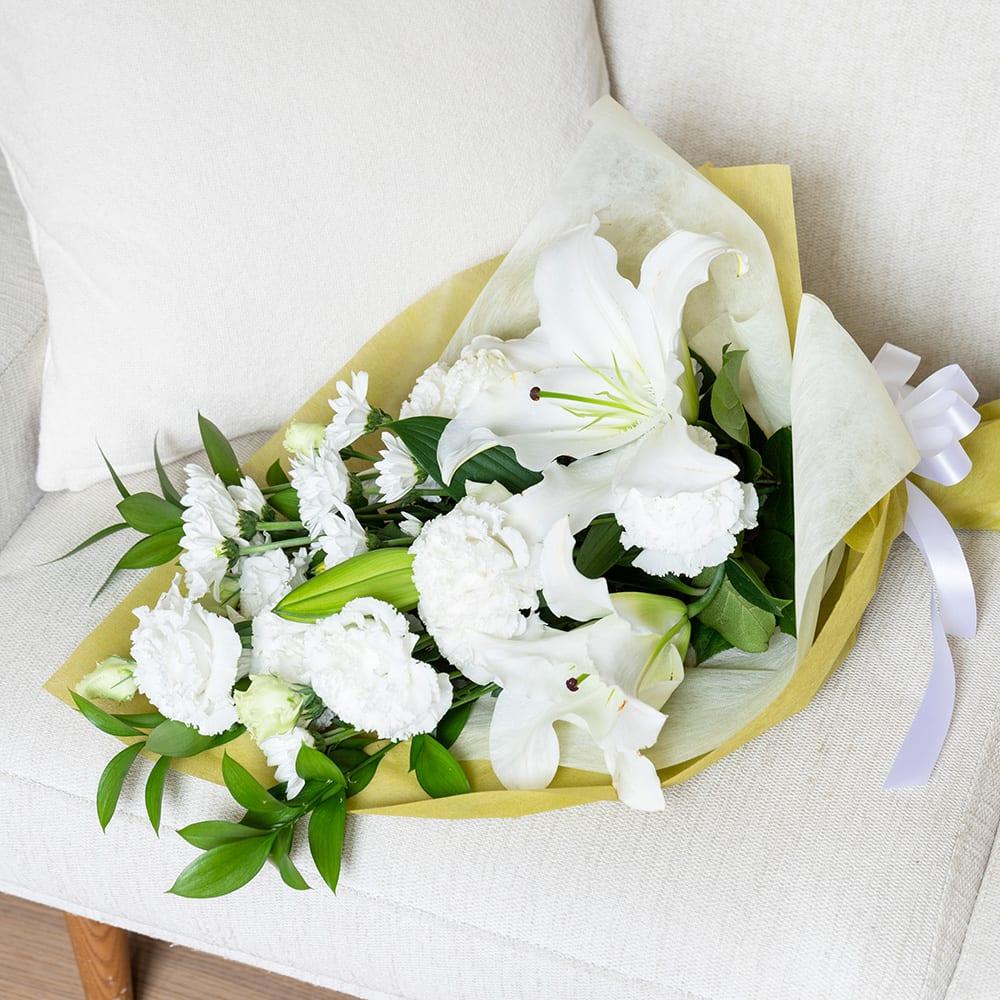 お供え花束 ホワイト<br>4,400円(税込)
