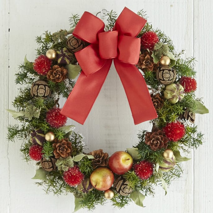クリスマスリース「木の実のリース」<br> 4,620円(税込)