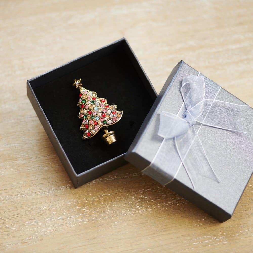 クリスマスブローチ ツリー<br>2,970円(税込)
