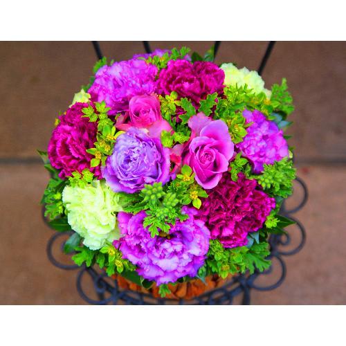エレガントな紫のバラ!「パープルローズアレンジメント」L<br>5,500円(税込)