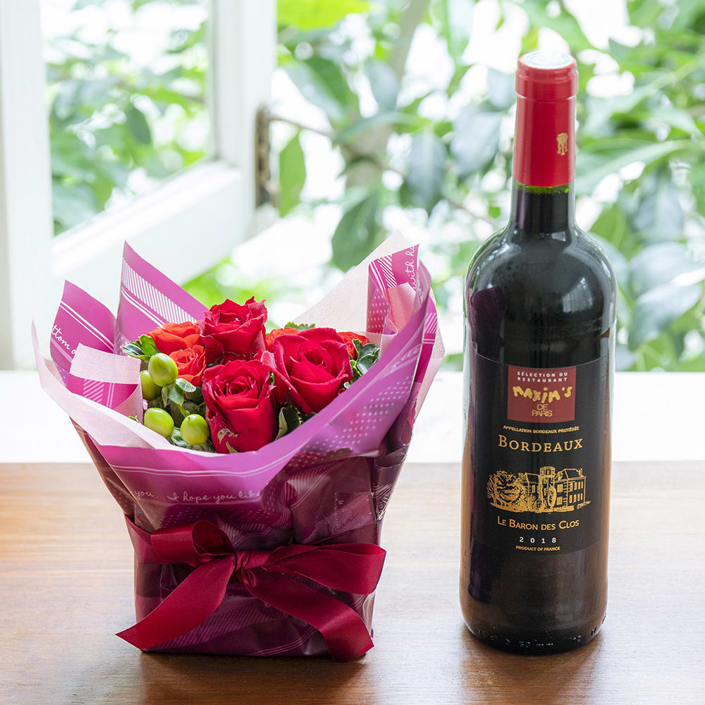 フランスのボルドー赤ワインとお花のギフトセット<br> 8,360円(税込)
