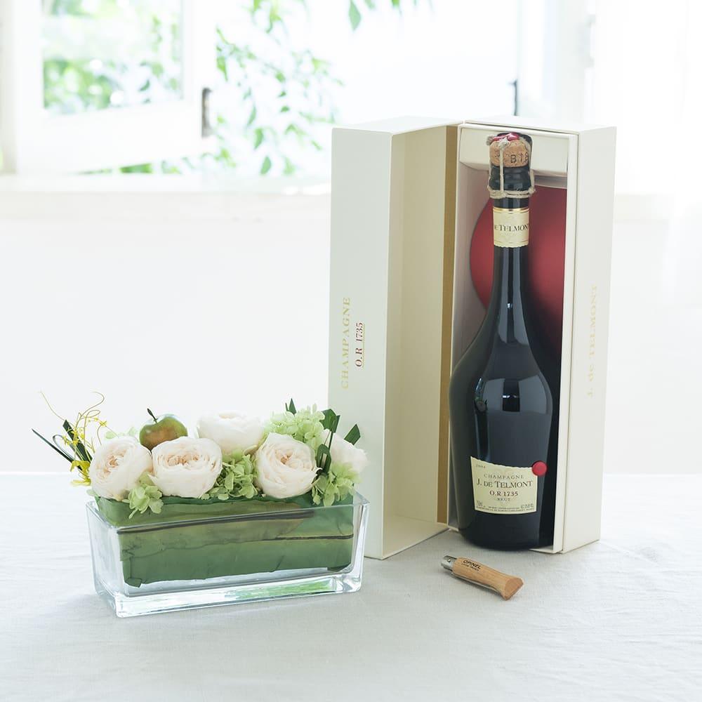 高級なシャンパンとプリザーブドフラワーのギフトセット(ヴィンテージ)<br>38,500円(税込)