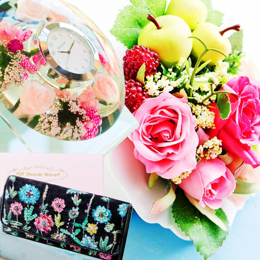 お花のギフト商品を見る