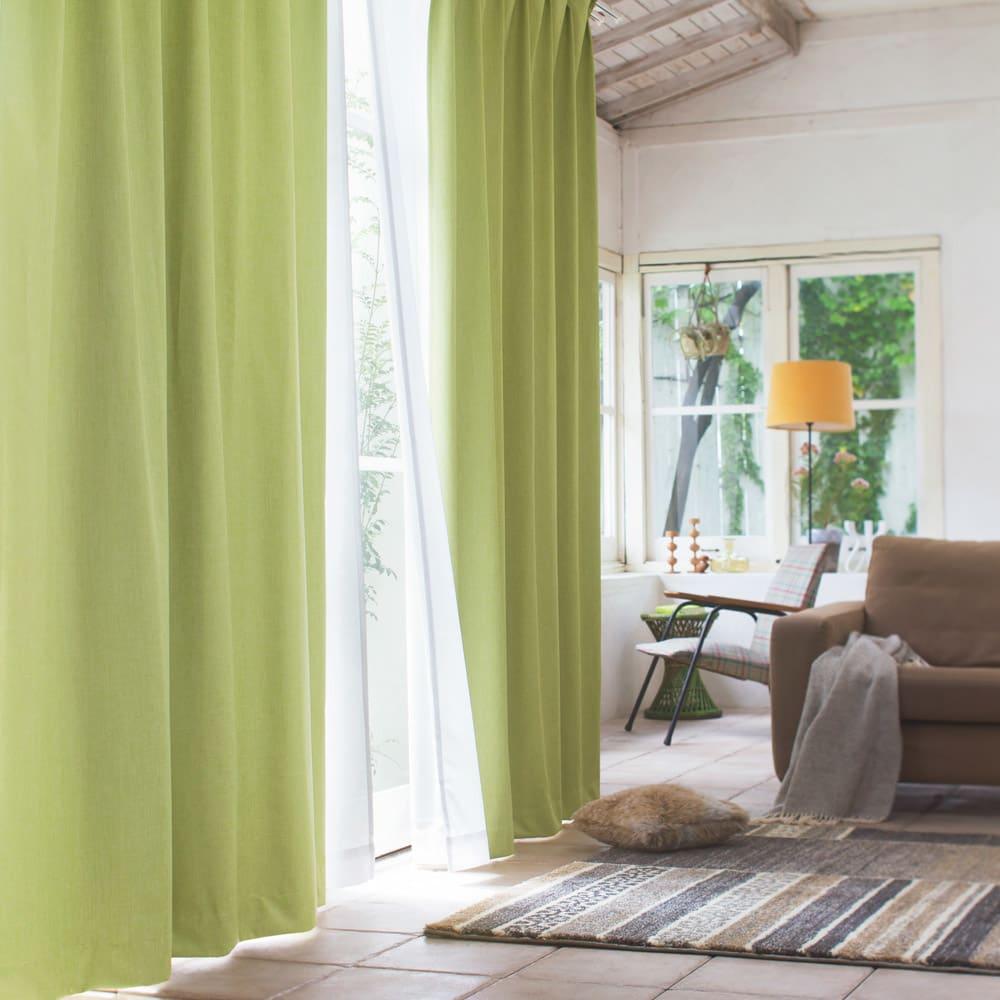 カーテンやブラインドなどで模様替え!窓まわりにこだわって、お部屋をおしゃれな印象に