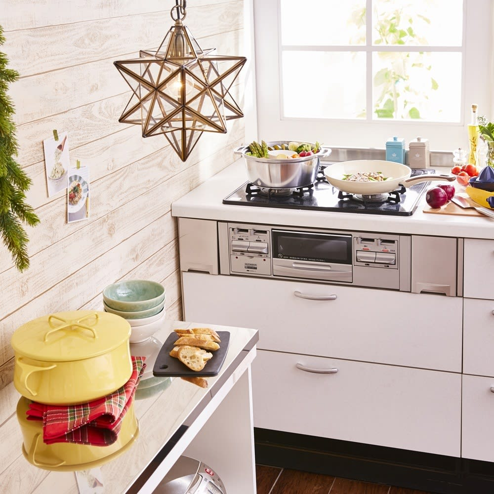 クリスマスのキッチンボード