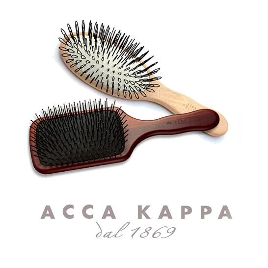 <span class=fb>頭皮ケアするブラッシングでいつまでも豊かな髪を -ACCA KAPPA(アッカカッパ)-</span>