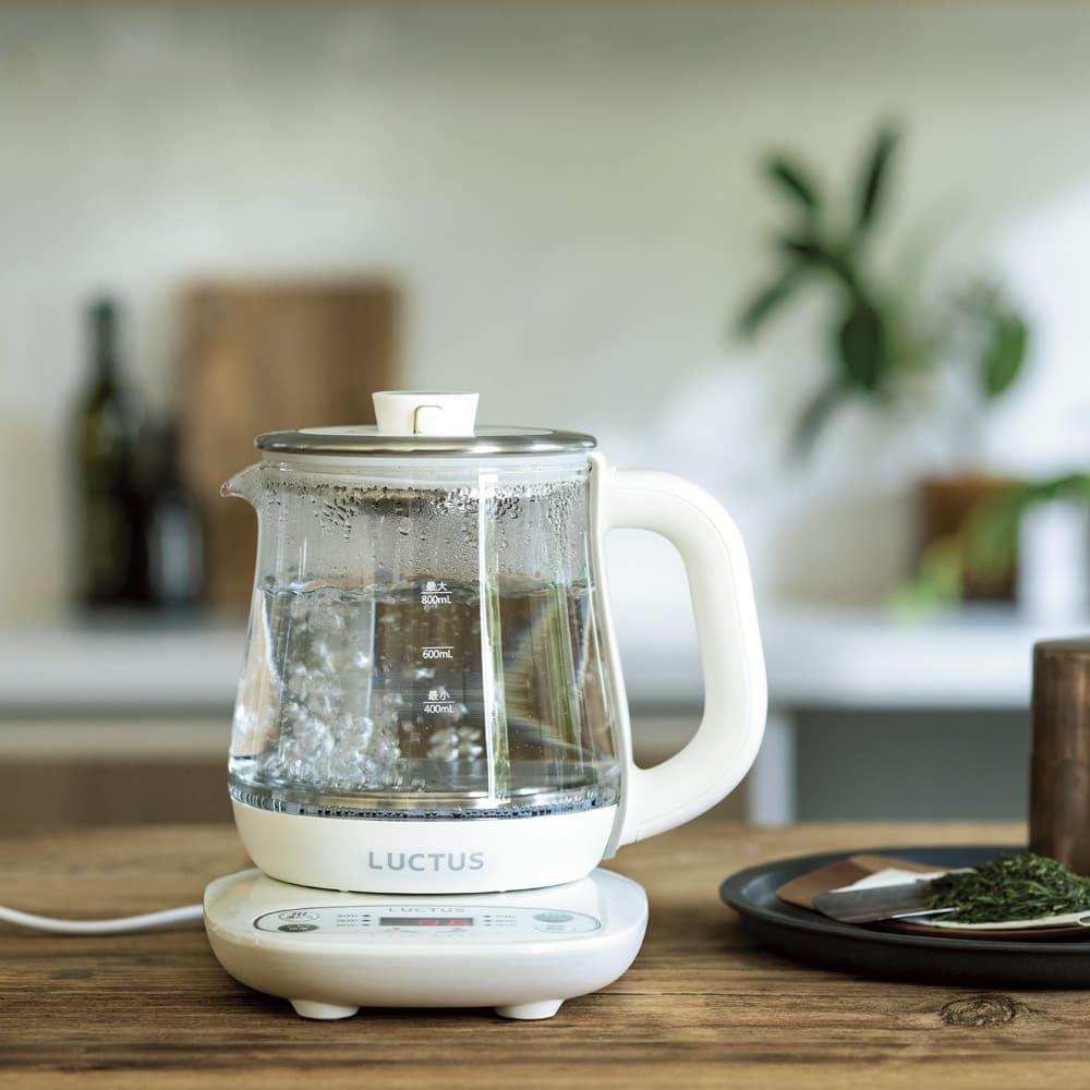 粉ミルクから大人の食事まで!頼れるサポーター<br />調理も温度調整もできるガラスの電気ケトル(クックケトル)