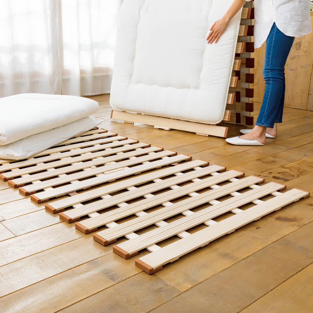 セミシングル(気になる湿気対策に薄型・軽量桐天然木すのこベッド 3つ折りタイプ)