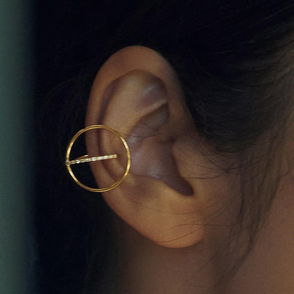 K10 0.05ctダイヤ フープ イヤーカフ(片耳)