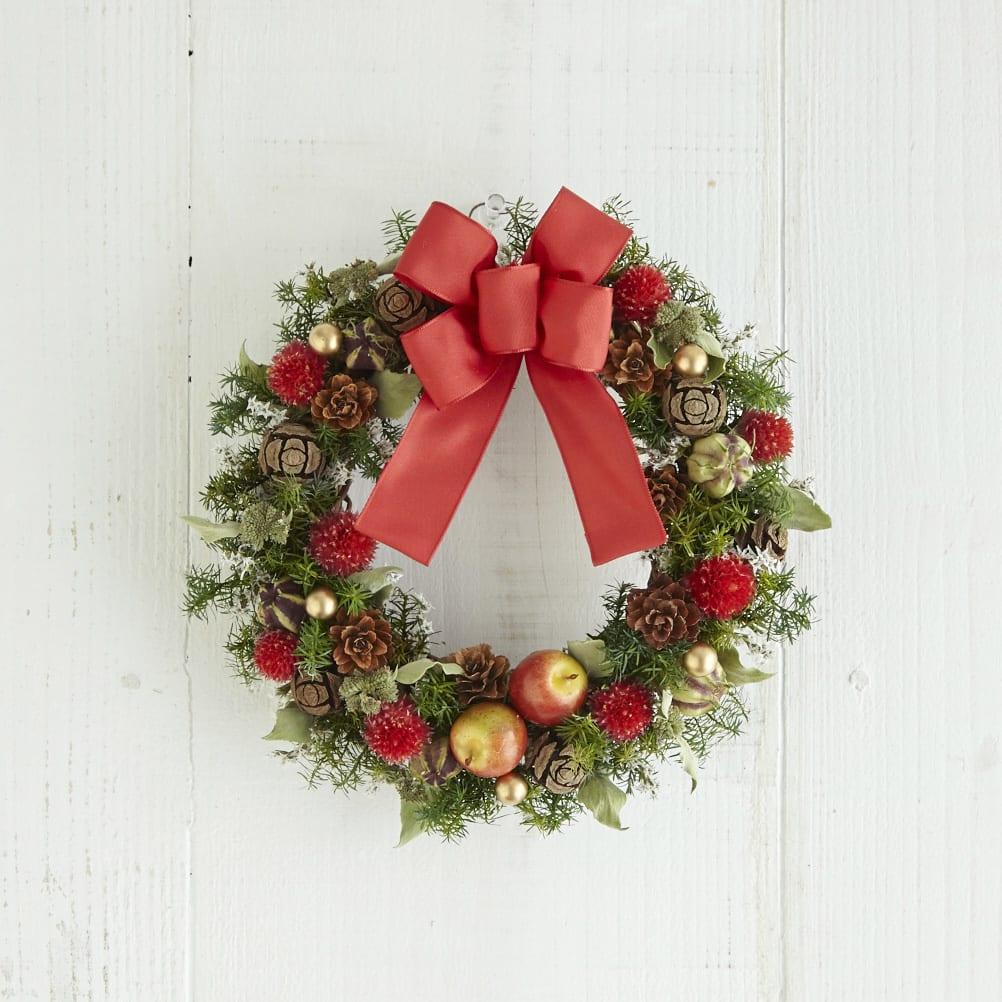 ドライ素材とプリザーブドフラワーのクリスマスリース「木の実のリース」