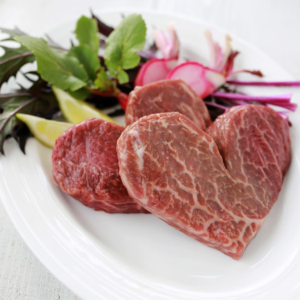 【ホワイトデーお届け】国産黒毛和牛ハートステーキ(モモ) (120g×2枚)