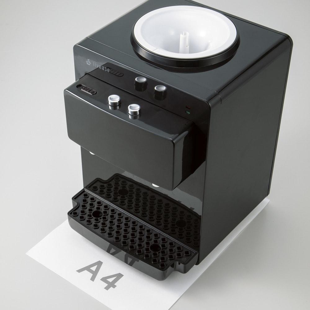 【特典付き】ペットボトル式冷温ウォ-ターサーバー WEB限定 先着300名様 レビューを書いて特典付き A4用紙に収まるコンパクトサイズなのですっきり置けます。