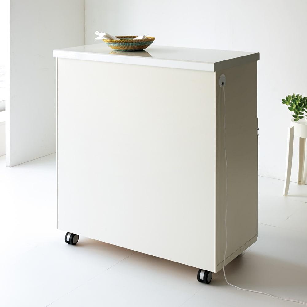キッチンの間仕切りにも!家電が使いやすい腰高キッチンカウンター 幅120cm [パモウナ WH-120W] 裏面もキレイに化粧仕上げされ、キッチンとダイニングの間仕切りにも。