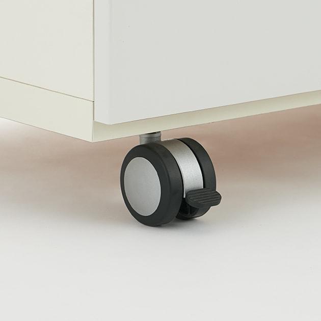 キッチンの間仕切りにも!家電が使いやすい腰高キッチンカウンター 幅120cm [パモウナ WH-120W] キャスターはウレタン製で床をキズ付けにくく、お掃除の時の移動もラクラク。