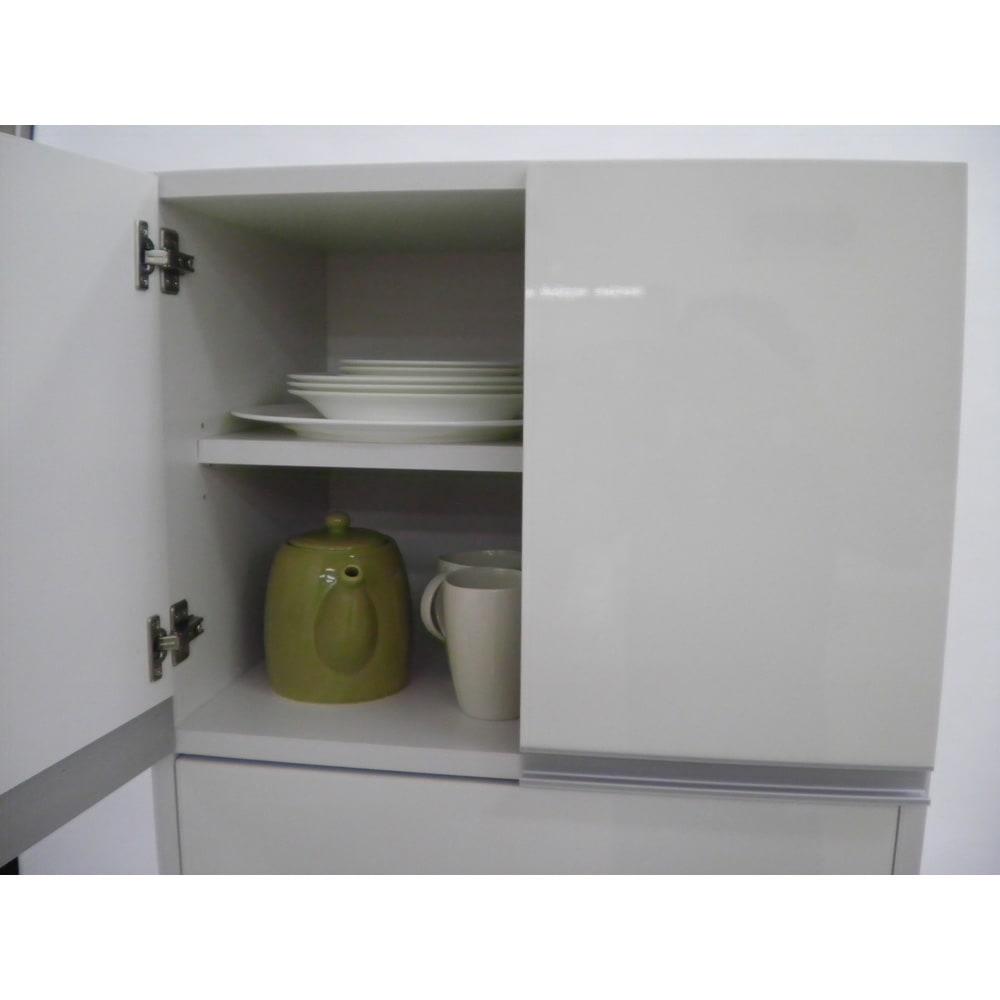 組立不要!家電を隠せるキッチン収納シリーズ レンジラック幅59.5cm 内寸奥行41cmなので大きな食器もたっぷり収納できます。