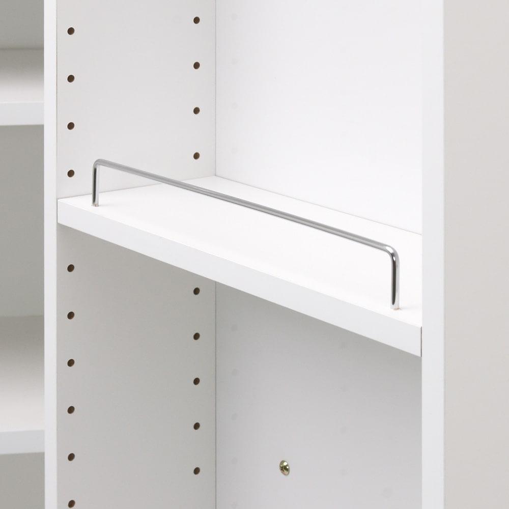 大容量なのに探しやすい!ドアポケット付きキッチンストッカー 幅60cm ドアポケット収納棚には収納物落下防止のためのバーが付いて安心です。