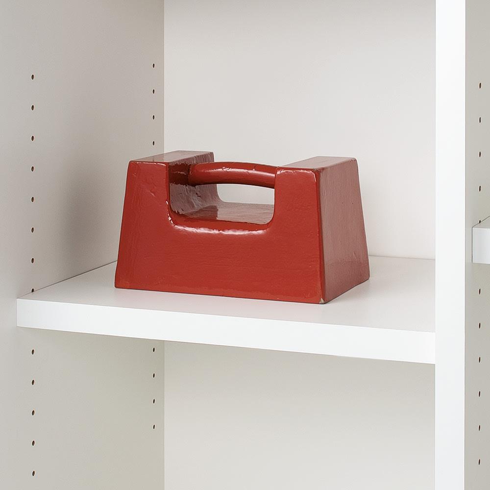 頑丈引き戸キッチンストッカー 幅76cm 棚板の耐荷重は約20kg!重い物も上棚に置けます。
