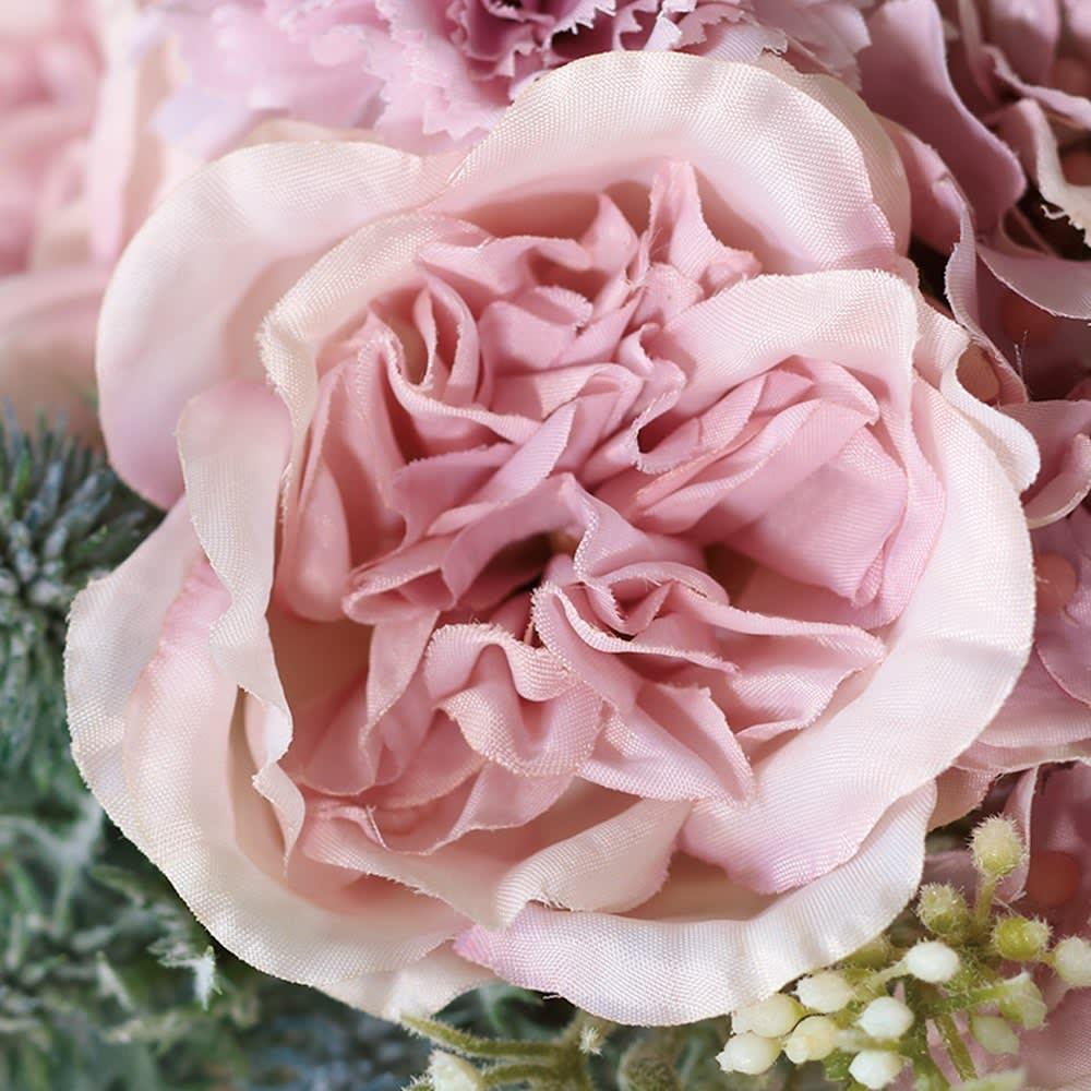 ローズのアレンジメントフラワー お得な2個組 ピンク…大人っぽいピンクのバラと流行のハーブをアレンジ。