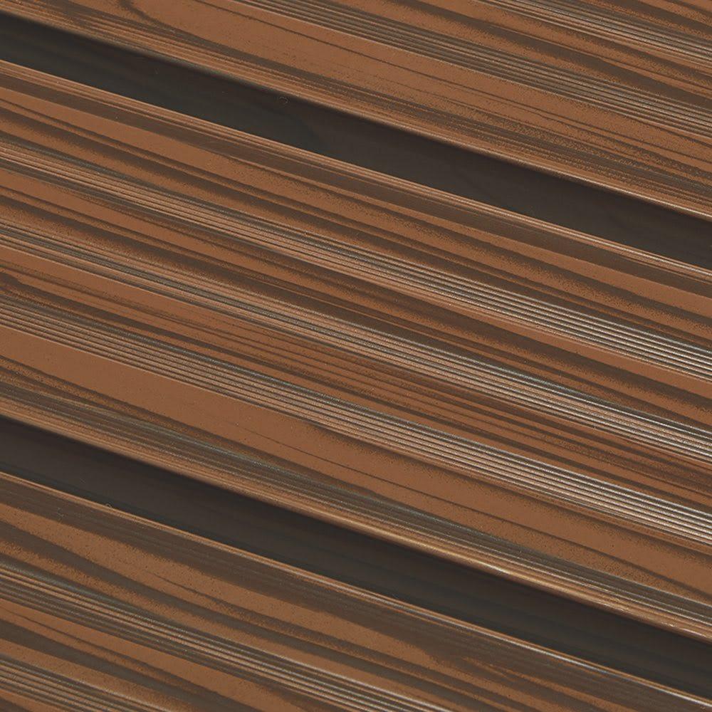 木目調アルミデッキ縁台 縁台 幅90cm 座面と脚部には、リアルな木目柄シートを貼付。優れた耐候性とナチュラルな風合いを兼ね備えています。