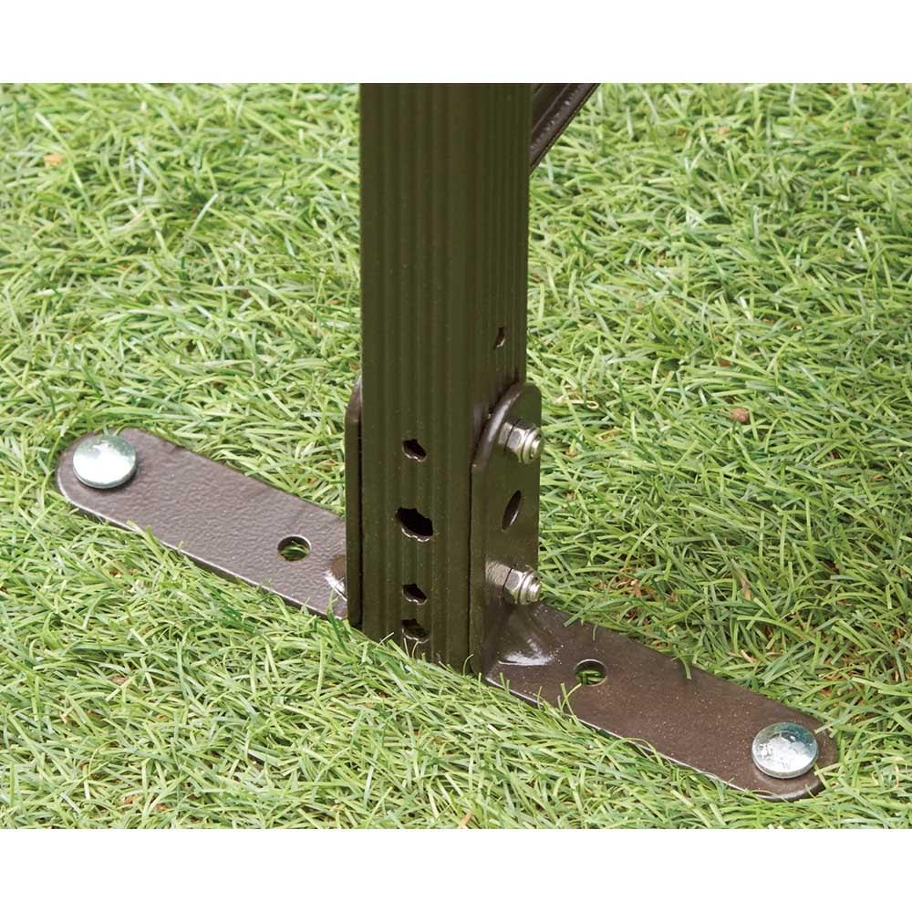 簡単リフォームアルミボーダーフェンス【ブラウン】 ロータイプ高さ79cm幅120cm(1枚) L字金具と専用ペグで簡単・強固に設置できます。