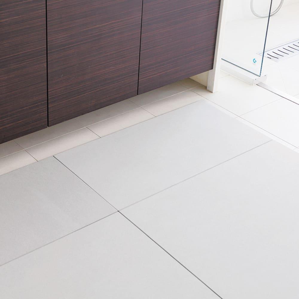 幅51・56cm/奥行46cm (soleau/ソレウ 吸水・速乾・消臭バスマット&ひのきスノコセット サイズオーダー) 洗面所のサイズに合わせてすき間なく敷き詰めることも可能です。
