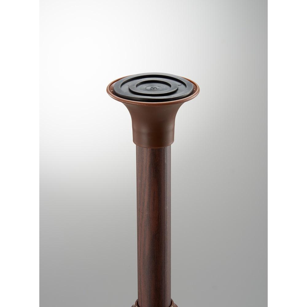 取付簡単窓枠突っ張り物干し 伸縮竿2本付き グリップがきくストッパーで、倒れにくい。