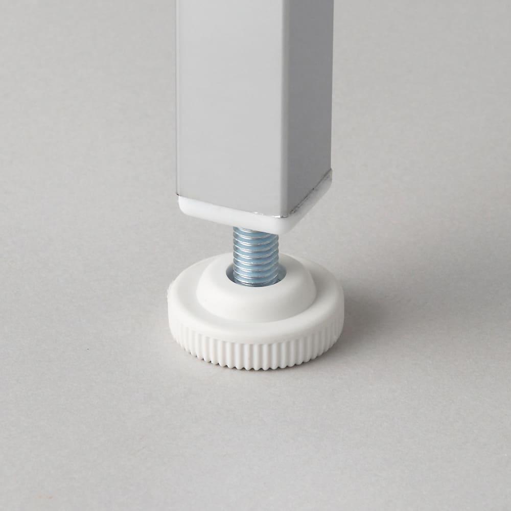 奥行たっぷり ステンレス棚の洗濯機ラック 棚3段 幅60~89cm 2cmの頑丈角パイプ仕様。アジャスターは約1cm調節可能。アジャスター径は約3cm。