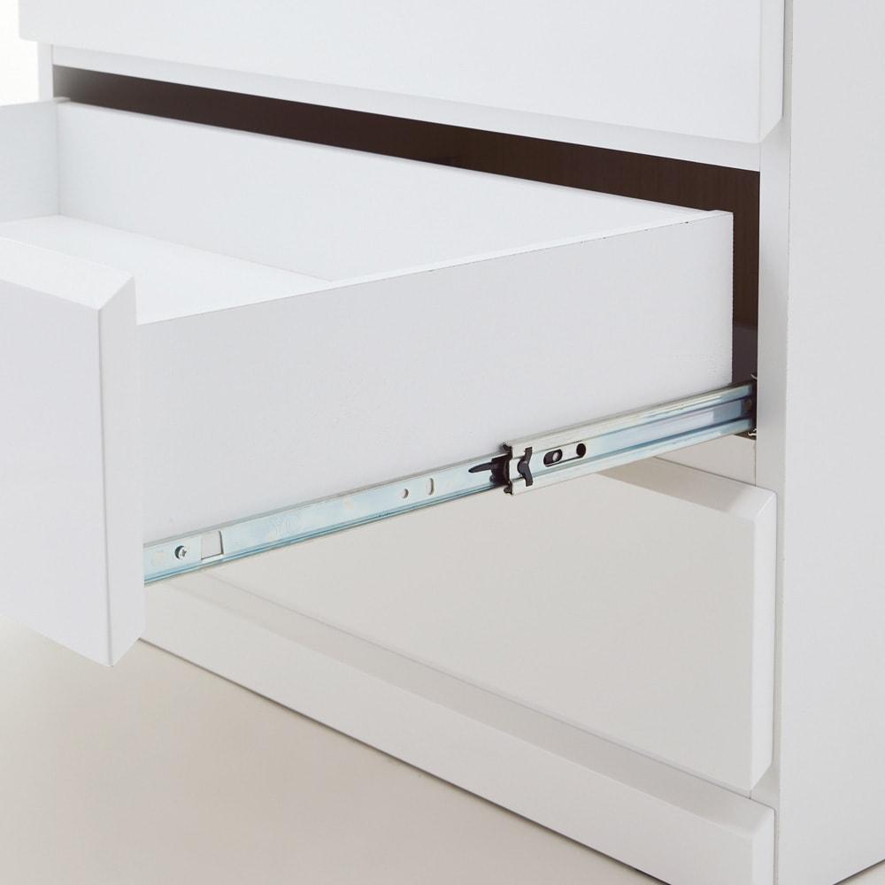 光沢仕上げ内部化粧チェスト 幅70・奥行45cm 奥まで引き出せるフルスライドレール。