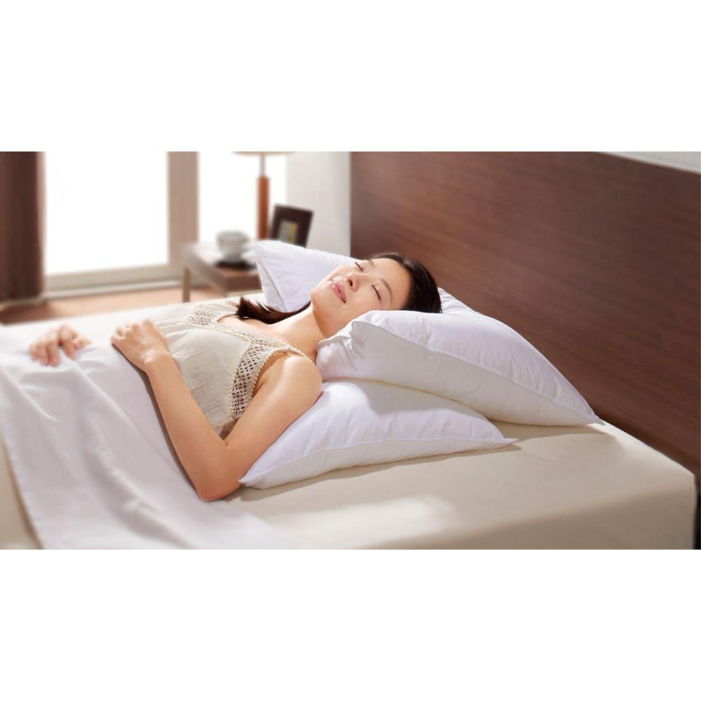 正方形判 (フォスフレイクス 安眠枕 枕のみ) 高級ホテルの気分で、ラグジュアリーな寝心地を満喫!