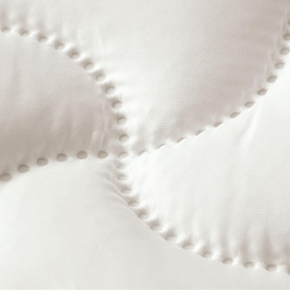 ミクロガード(R)プレミアム布団シリーズ お得な2枚合わせ掛け布団+敷布団 シングル3点セット ノンキルト敷きパッド キルトの縫い目のないノンキルト加工。ダニやホコリをブロックします。
