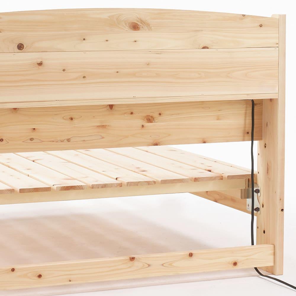 国産無塗装ひのきすのこベッドフレーム(すのこ板4分割) ヘッドボードの裏も国産のひのき天然木を使用しています。