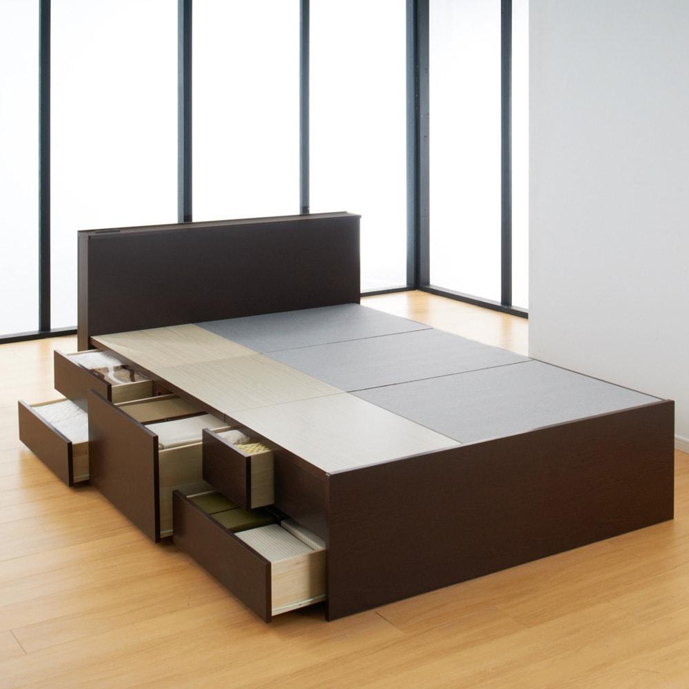 間仕切り仕様 大容量収納チェストベッド ポケットコイルマットレス付き (イ)ダークブラウン ※写真はダブルサイズです。 マットレスがのる床板にはフェルトが貼ってあり、マットレスのズレ防止になります。