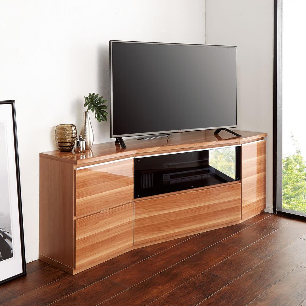 住宅事情を考えたコーナーテレビ台 ハイタイプ 幅123.5cm・ 右コーナー用(右側壁用) 色見本(ウ)ライトブラウン(木目) ※写真は幅165cm右コーナー用です。