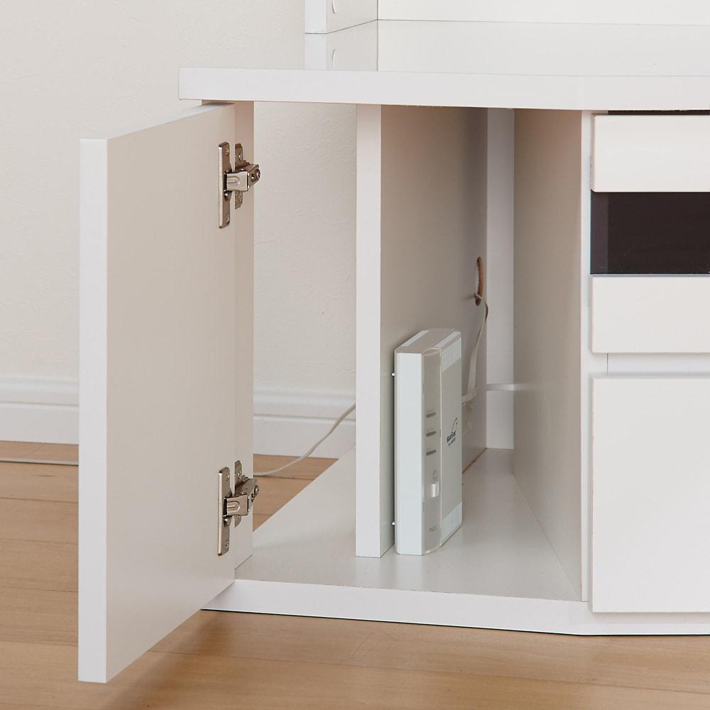 コーナーテレビ台壁面収納シリーズ 幅150cmTV台左壁設置用 デッキ収納部の横にはルーター収納スペースがあります。