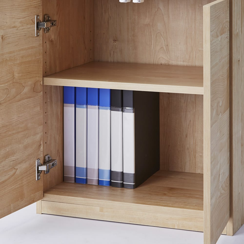 テレワークにも最適 北欧スタイルリビング収納シリーズ 3枚扉タイプ 幅90cm 扉内部は、使い勝手の良い可動棚収納。