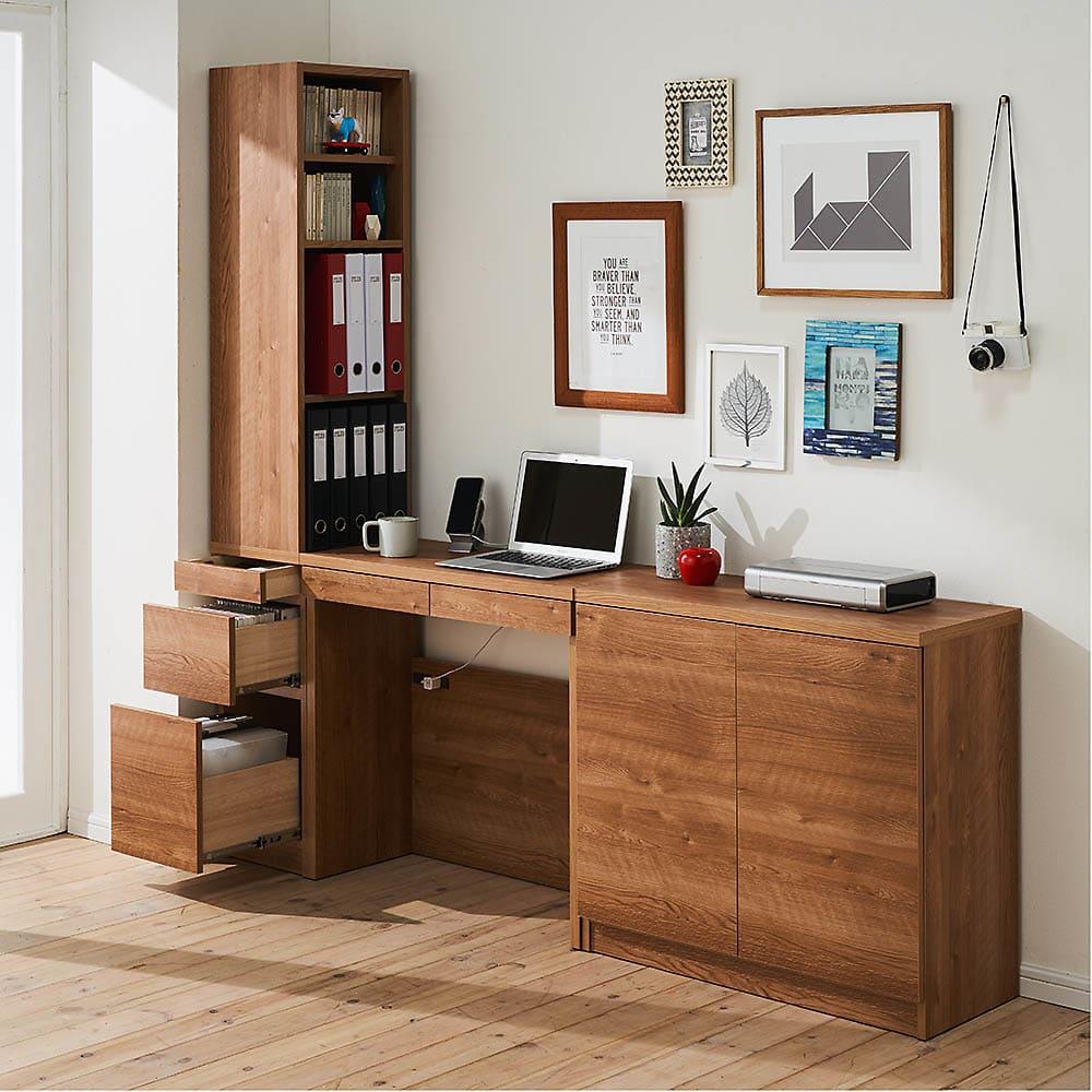 天然木調薄型コンパクトオフィスシリーズ 2枚扉キャビネット・幅80cm 使用イメージ ※お届けは一番右の2枚扉キャビネットです。