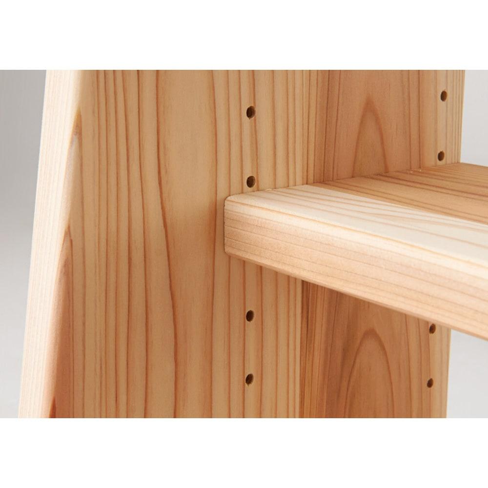 国産杉 薄型頑丈タワーシェルフ 幅60高さ89.5cm 棚板は3cmピッチで高さを調節できます。
